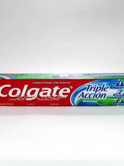 Crema Dental con Flúor COLGATE Triple Acción.